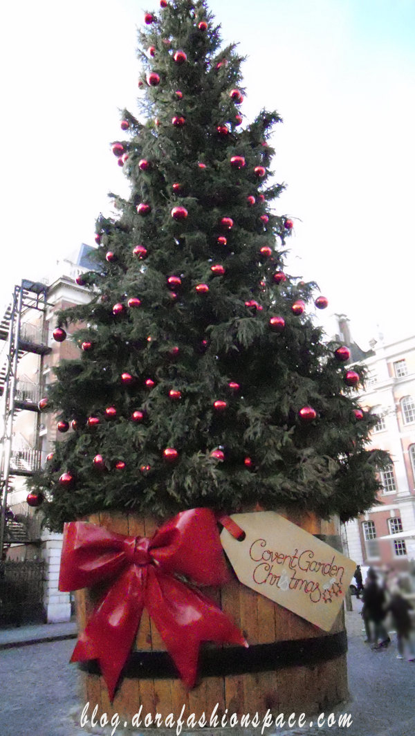christmas-tree-in-london