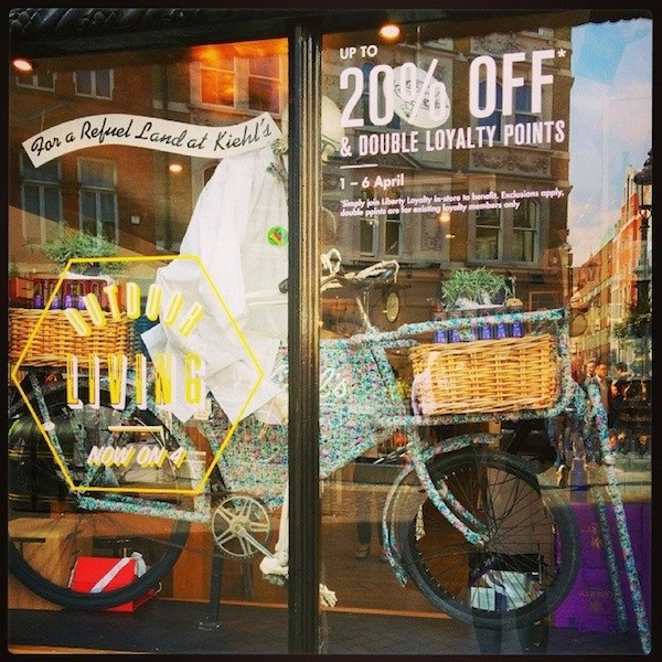 kiehls-london-window-store