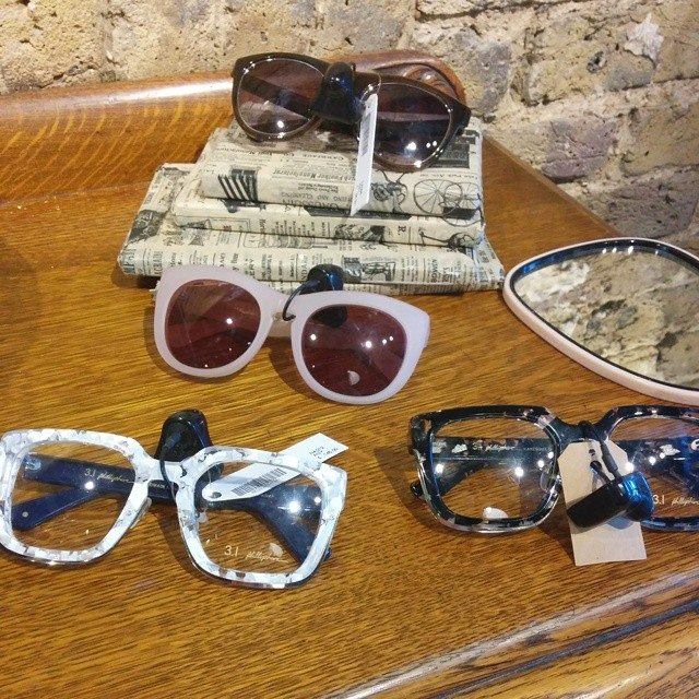 place-to-shop-vintage-glasses-in-london