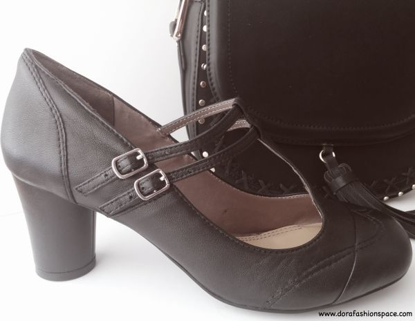 T bar shoes with double strap