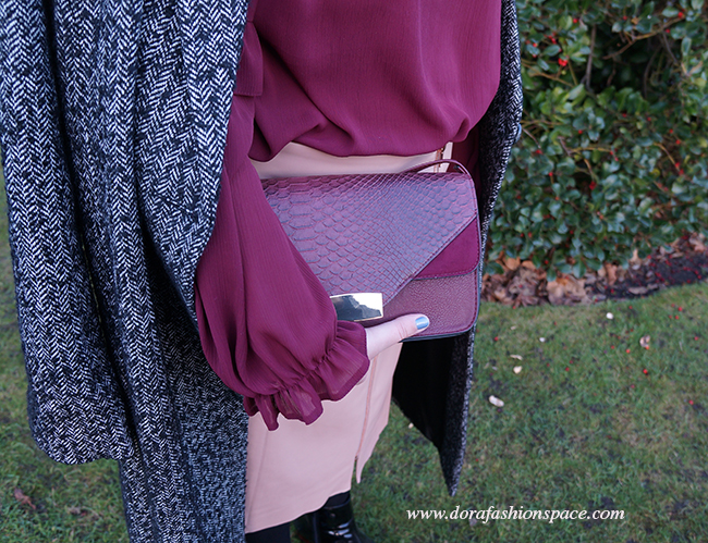 outfit details tweed coat