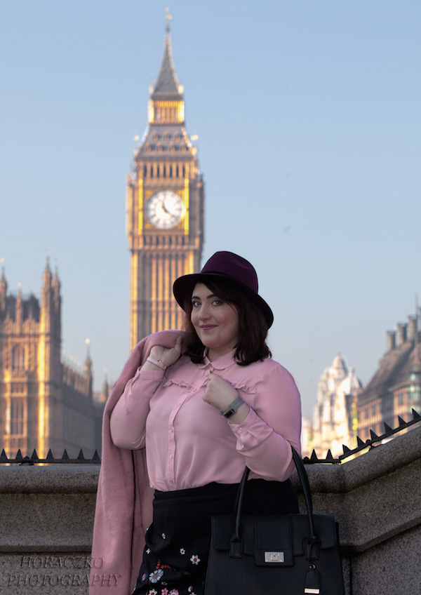 pink coat outfit blogger