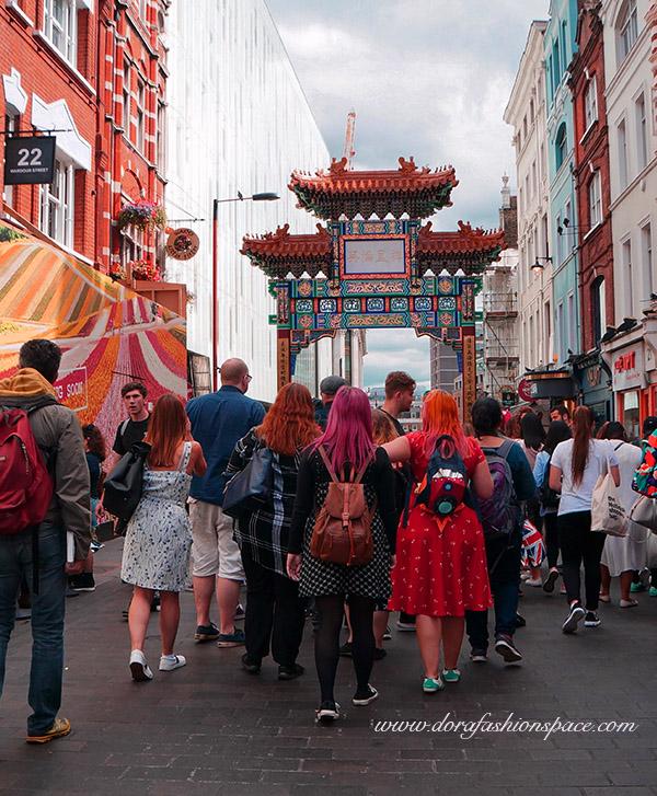 visiting chinatown london