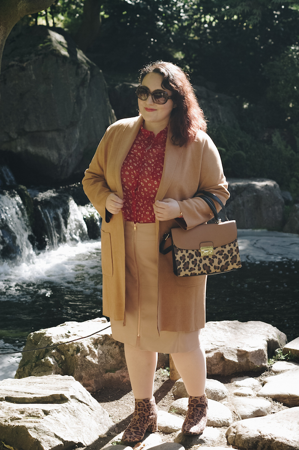 how to wear red with leopard print