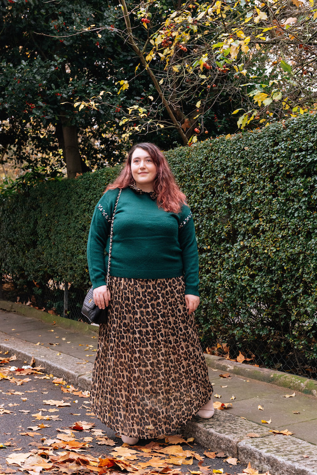 fashion shooting plus size blogger london maxi dress