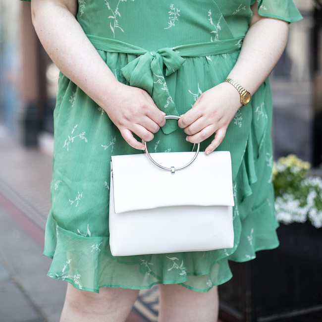 white bag new look how to wear